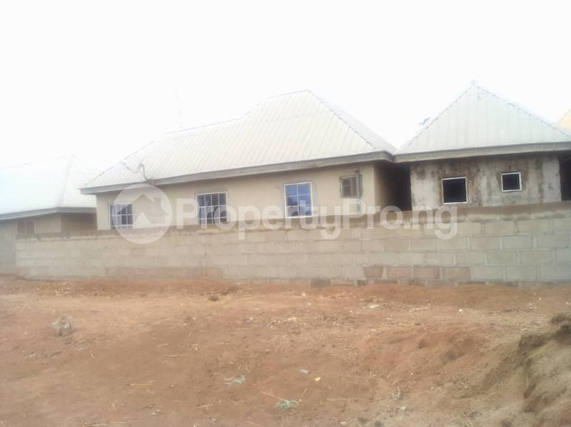 3 bedroom Mini flat for sale Ogashia Street Gboko South After Pen World Academy Gboko Benue - 3