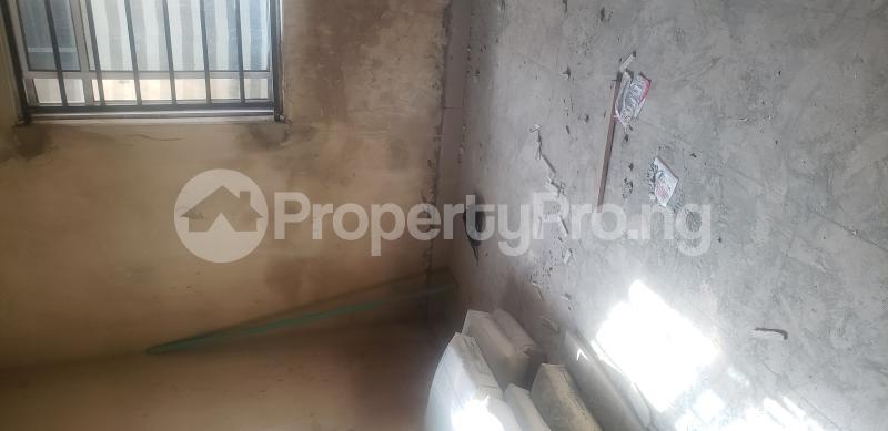 2 bedroom Blocks of Flats House for rent Olasepe estate madonna  Berger Ojodu Lagos - 0