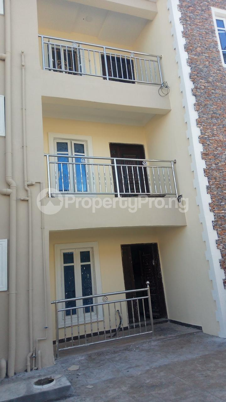 2 bedroom Blocks of Flats House for rent - Egbeda Alimosho Lagos - 3
