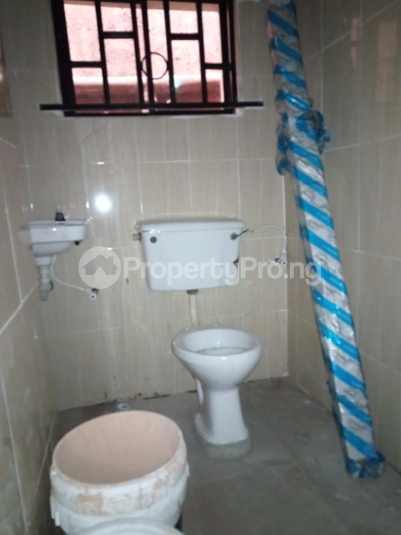 2 bedroom Flat / Apartment for rent Ebute Metta Adekunle Yaba Lagos - 10