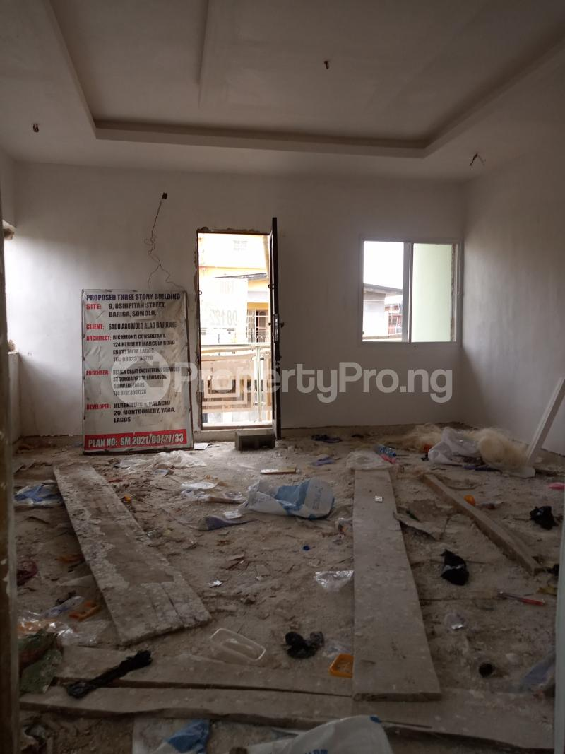 2 bedroom Flat / Apartment for rent Pedro Gbagada Palmgroove Shomolu Lagos - 2