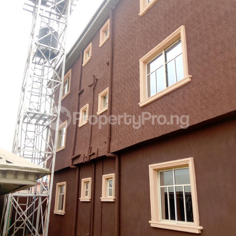2 bedroom Flat / Apartment for rent I.k.j Bus Stop Bucknor. Bucknor Isolo Lagos - 9