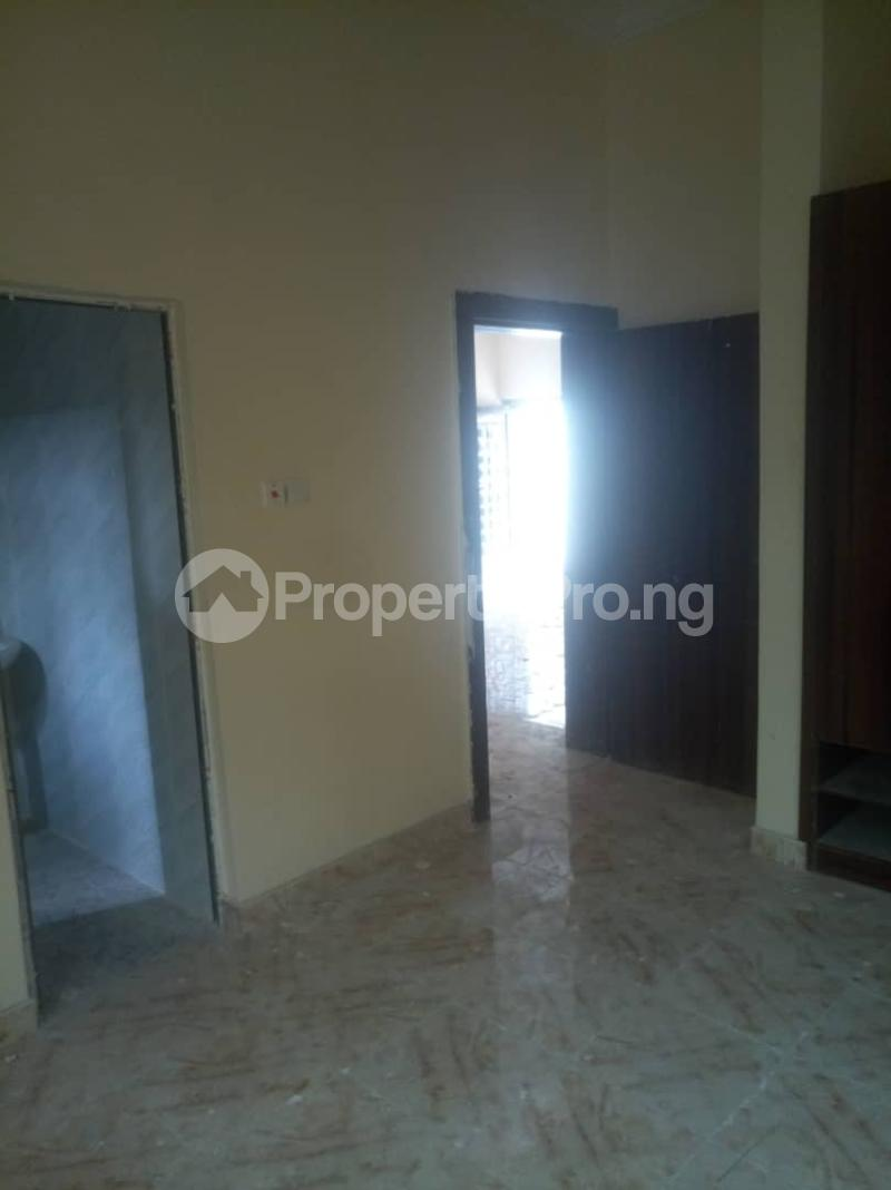 2 bedroom Flat / Apartment for rent Off Kalejaiye street, beesam Mafoluku Oshodi Lagos - 1