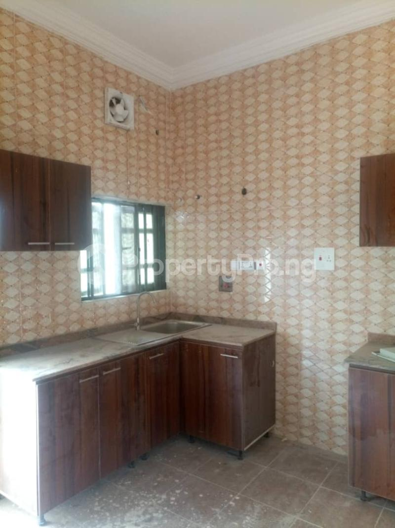 2 bedroom Flat / Apartment for rent Off Kalejaiye street, beesam Mafoluku Oshodi Lagos - 6