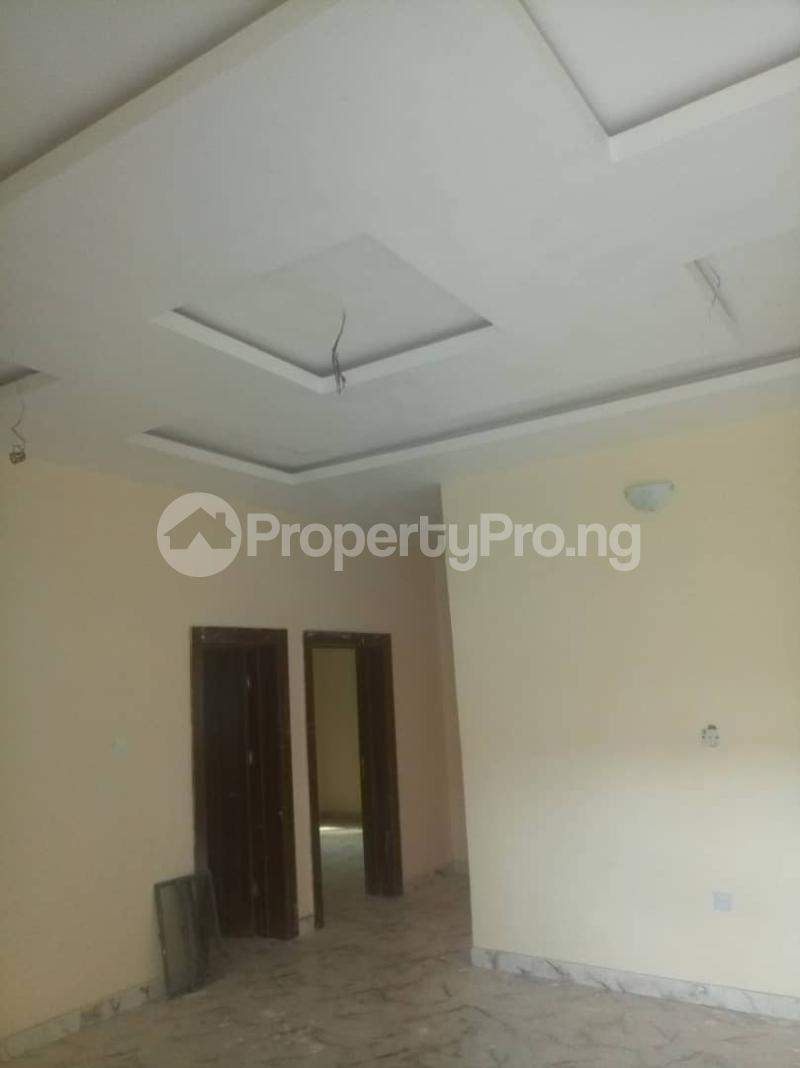 2 bedroom Flat / Apartment for rent Off Kalejaiye street, beesam Mafoluku Oshodi Lagos - 3