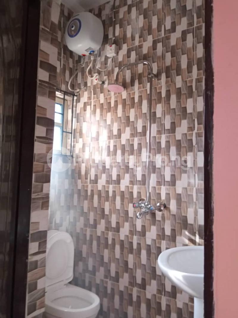 2 bedroom Blocks of Flats House for rent . Bariga Shomolu Lagos - 1