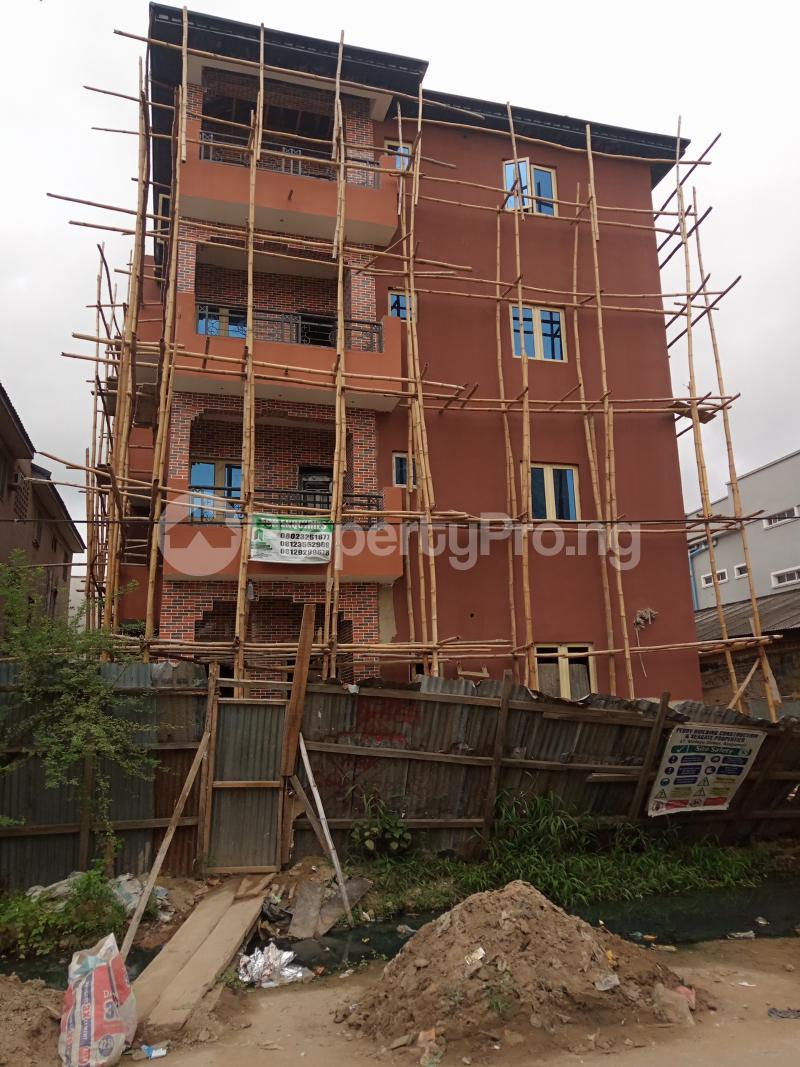 2 bedroom Flat / Apartment for rent Alagomeji Sabo Yaba Lagos - 0