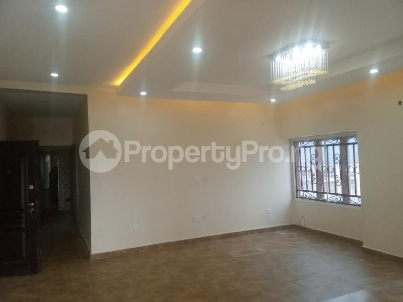 2 bedroom Flat / Apartment for rent Located along Trademore estate Lugbe Abuja - 5