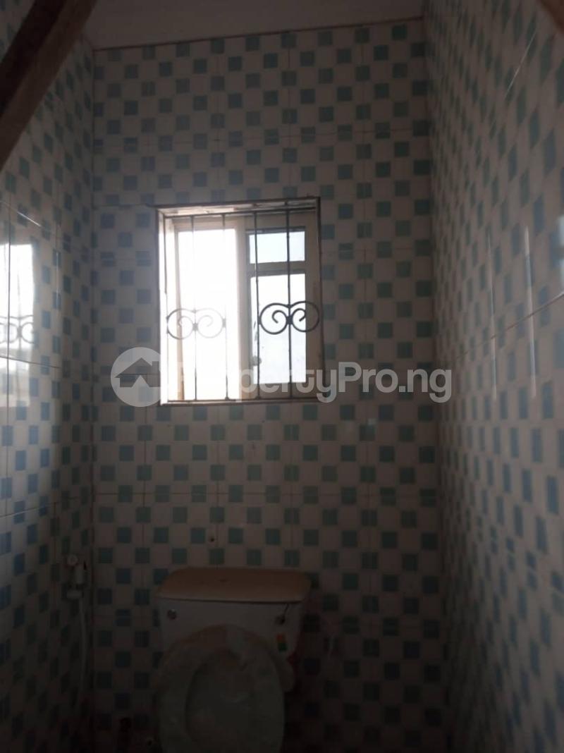 2 bedroom Blocks of Flats for rent New Garage Area Challenge Ibadan Oyo - 5