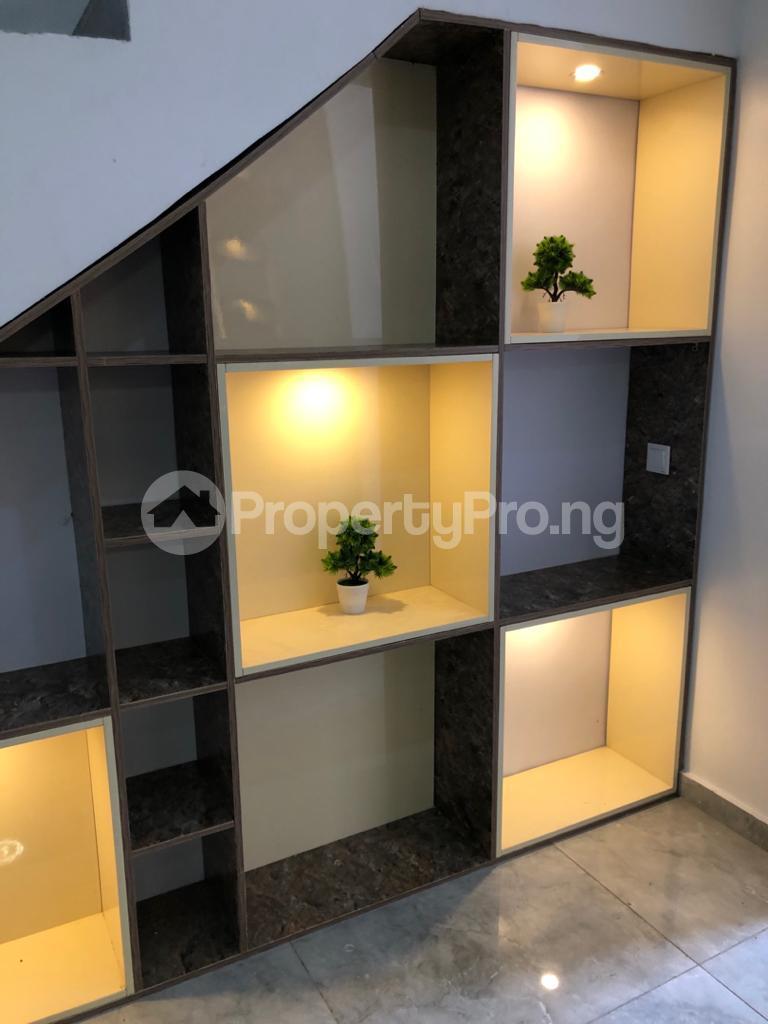 5 bedroom Semi Detached Duplex House for shortlet ONIRU Victoria Island Lagos - 12