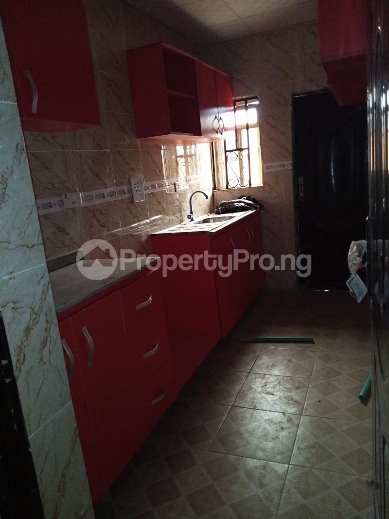2 bedroom Terraced Bungalow House for rent No 20, Oluwakeyin Street Unity Ologuneru Ibadan north west Ibadan Oyo - 2