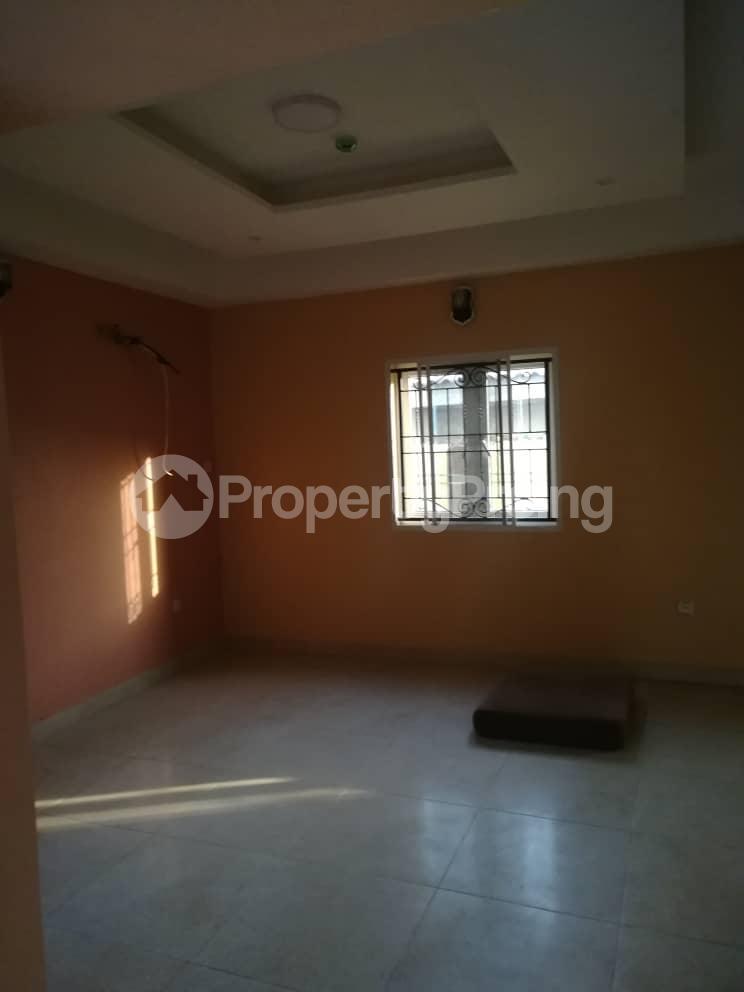 2 bedroom Flat / Apartment for rent Hy Ebute Metta Yaba Lagos - 9