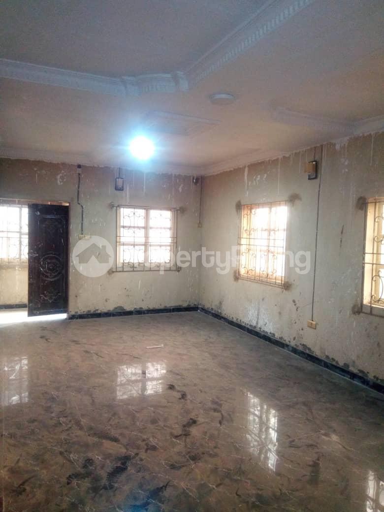2 bedroom Flat / Apartment for rent Hy Ebute Metta Yaba Lagos - 2