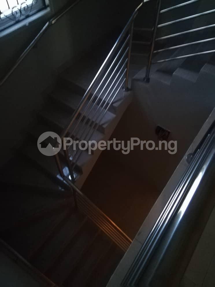 2 bedroom Flat / Apartment for rent Hy Ebute Metta Yaba Lagos - 7