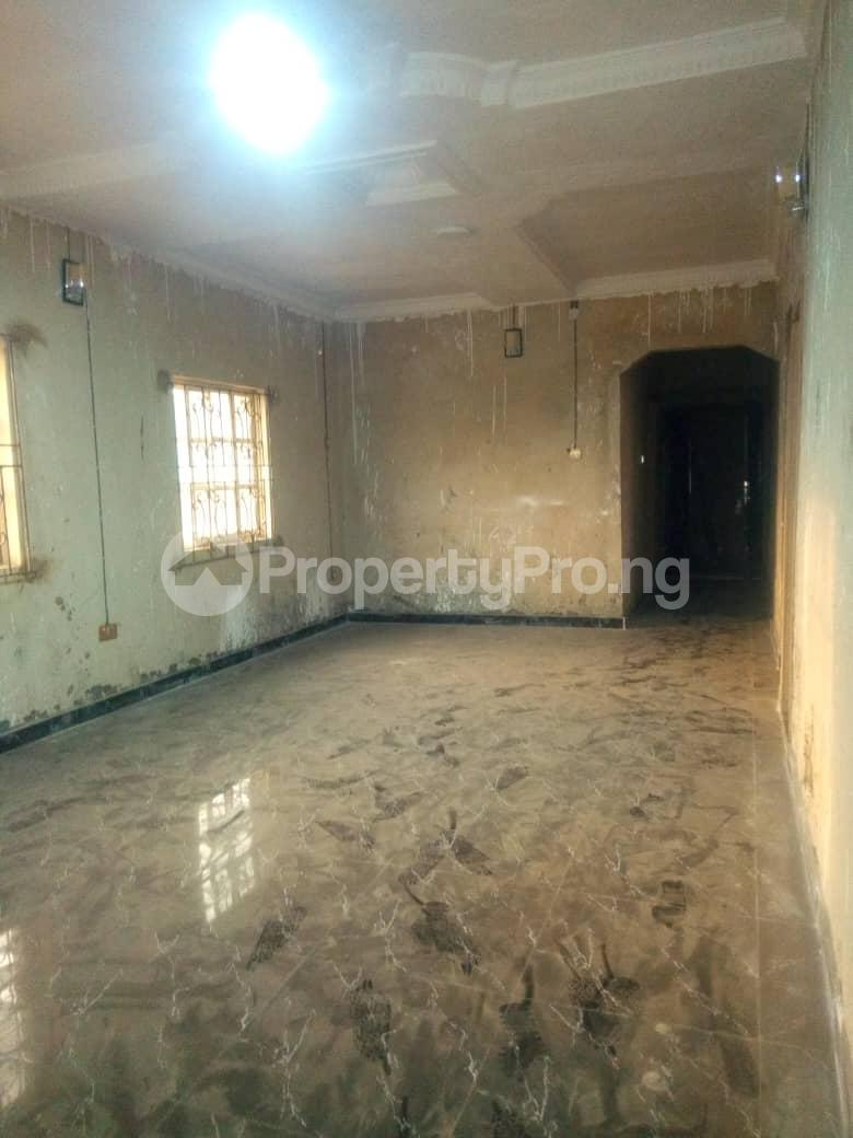 2 bedroom Flat / Apartment for rent Hy Ebute Metta Yaba Lagos - 5