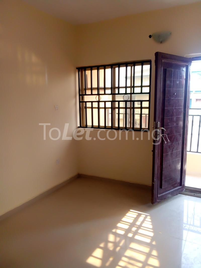 2 bedroom Flat / Apartment for rent Alhaji basiru Oke-Afa Isolo Lagos - 2