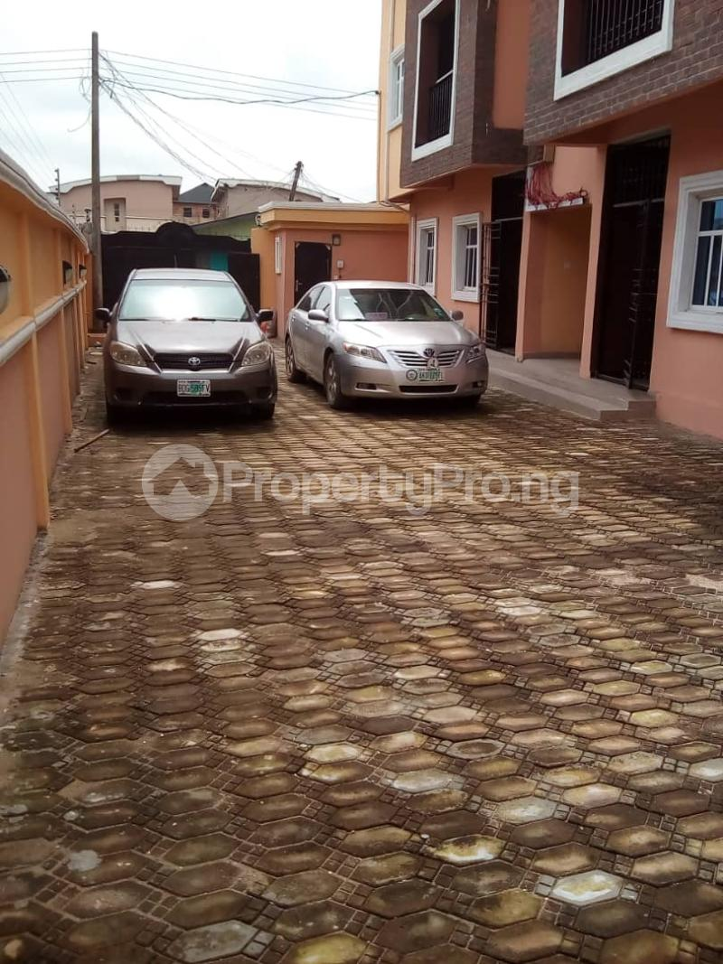 2 bedroom Flat / Apartment for sale Caustain  by Lead way Assurance  Iponri Surulere Lagos - 7
