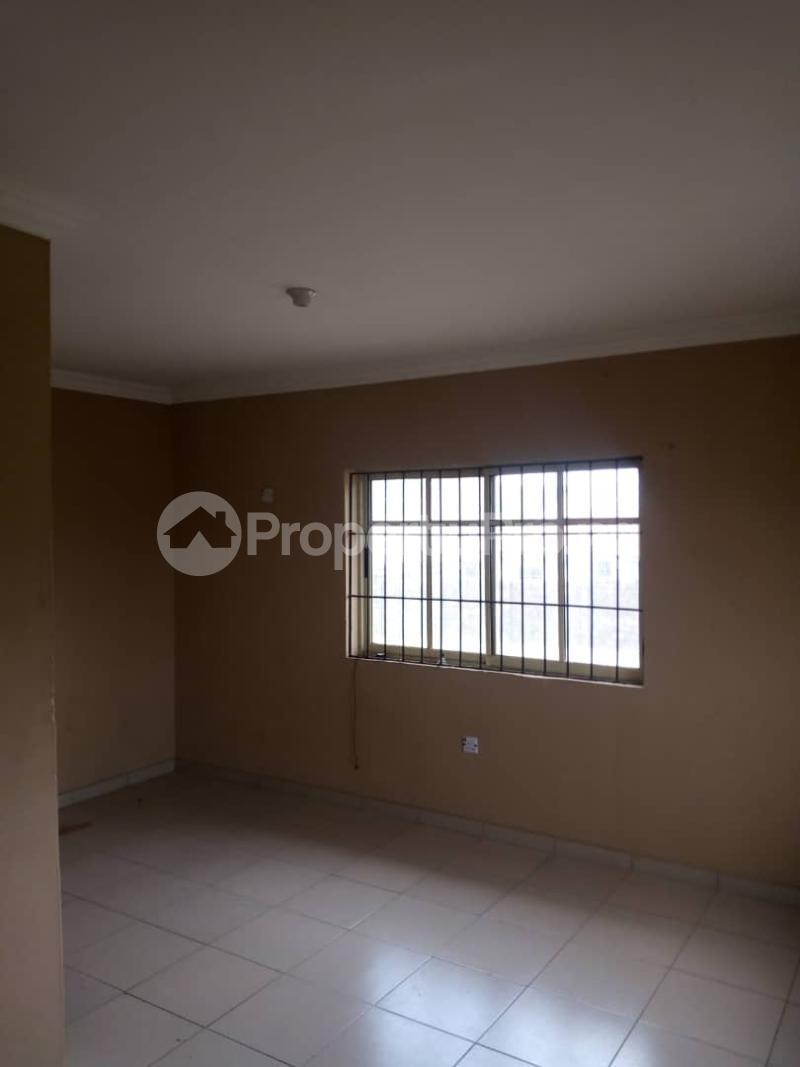2 bedroom Blocks of Flats House for rent Elebu Idi Ahun Area  Akala Express Ibadan Oyo - 6