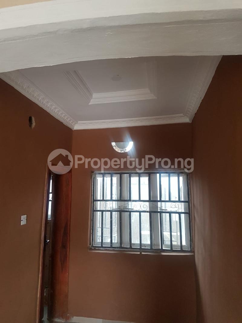 2 bedroom Blocks of Flats House for rent Kasumi Estate  Akala Express Ibadan Oyo - 5