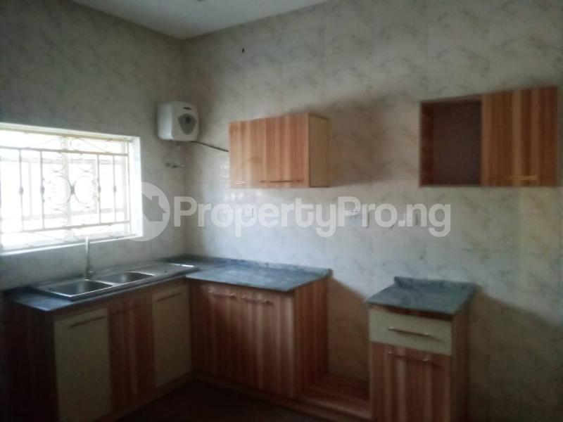 2 bedroom Blocks of Flats House for rent Olohunda Estate  Akobo Ibadan Oyo - 6