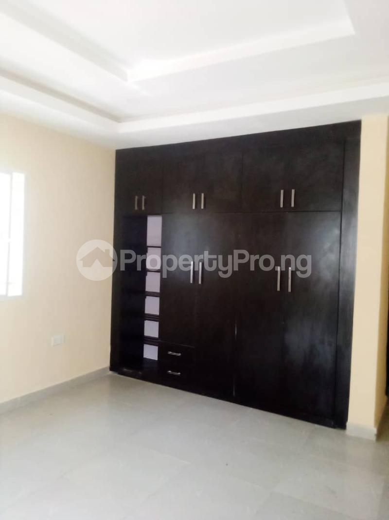 2 bedroom Blocks of Flats House for rent Olohunda Estate  Akobo Ibadan Oyo - 9