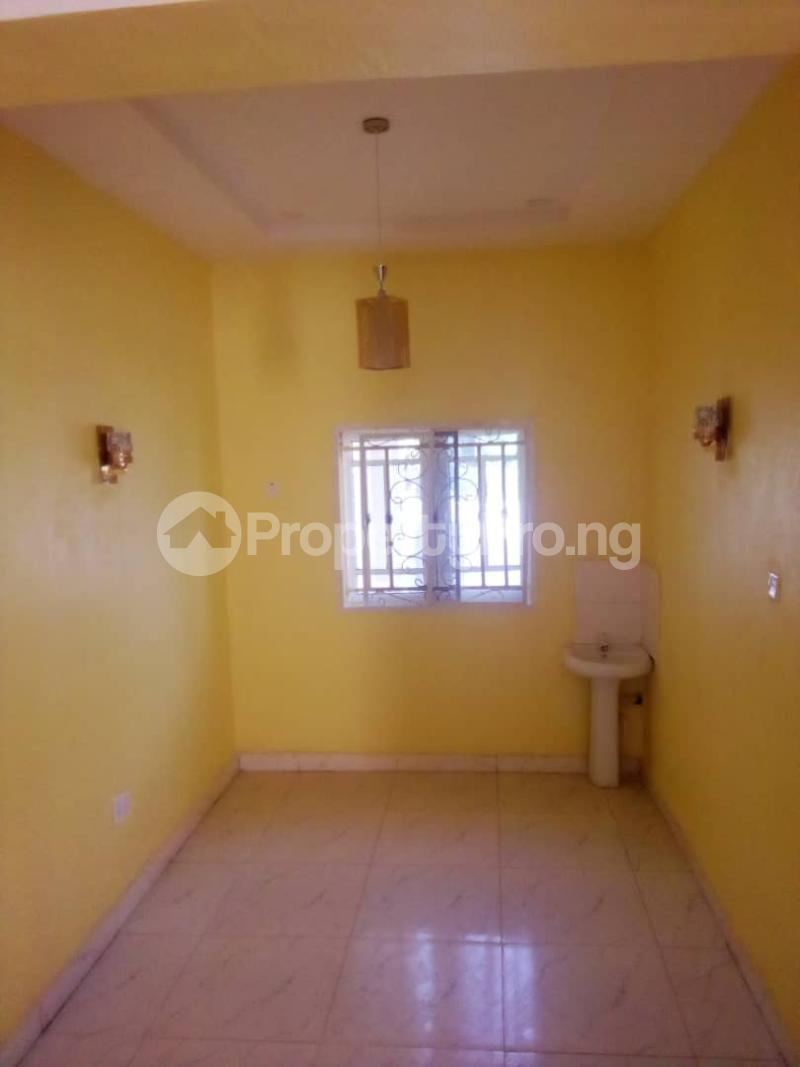 2 bedroom Blocks of Flats House for rent Olohunda Estate  Akobo Ibadan Oyo - 8