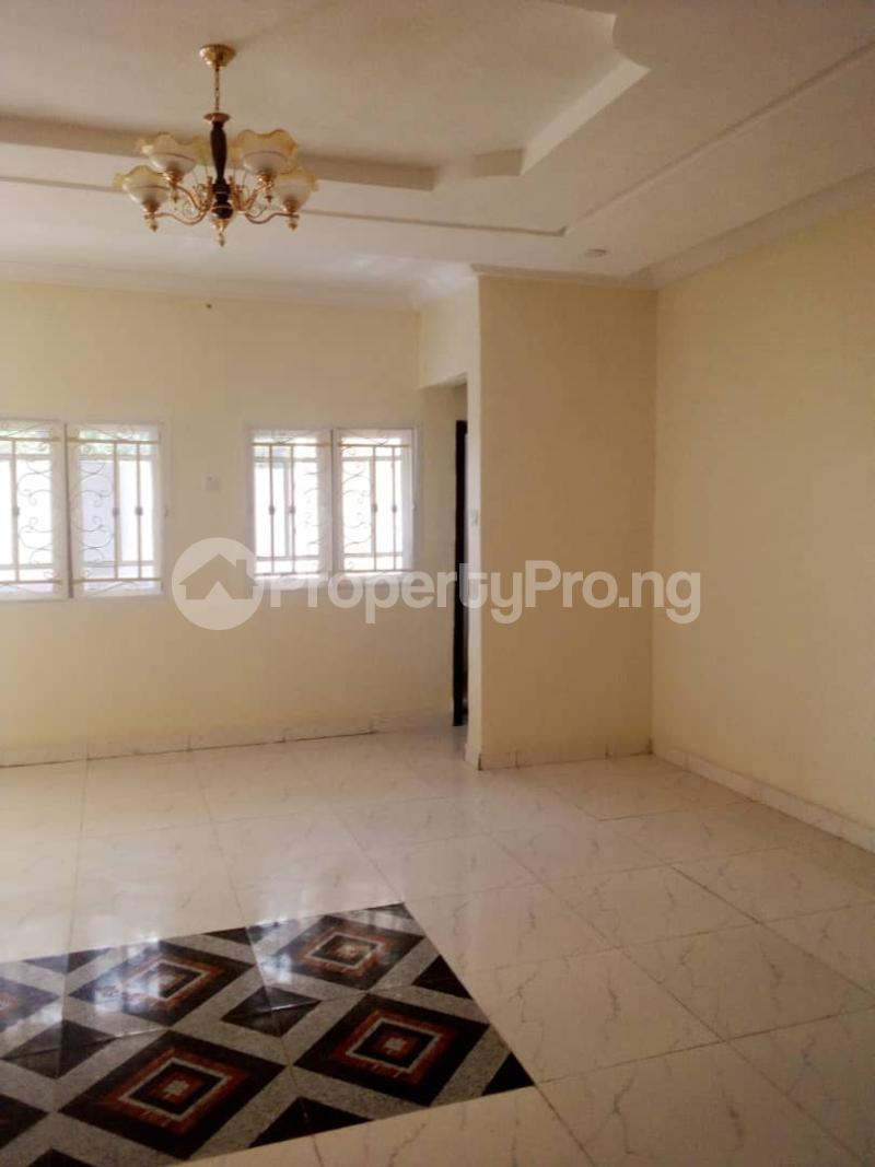 2 bedroom Blocks of Flats House for rent Olohunda Estate  Akobo Ibadan Oyo - 1