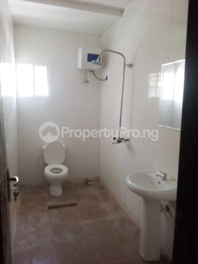 2 bedroom Blocks of Flats House for rent Olohunda Estate  Akobo Ibadan Oyo - 5