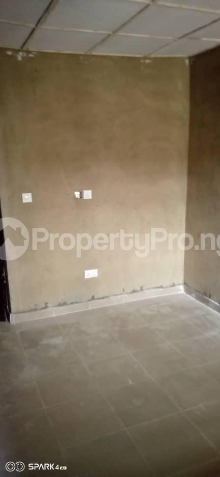 2 bedroom Blocks of Flats House for rent Oluwo Area after Iyana Agbala Ibadan. Alakia Ibadan Oyo - 8