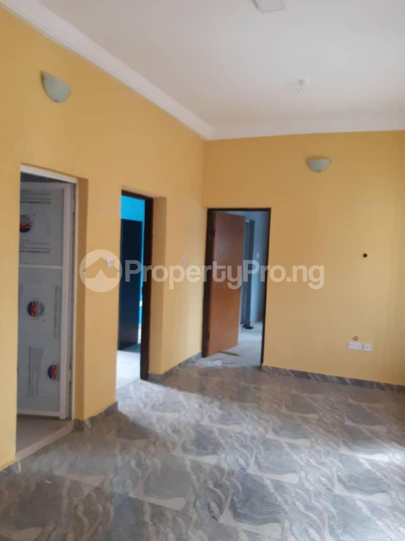 3 bedroom Blocks of Flats House for rent Pedro road Shomolu Lagos - 1