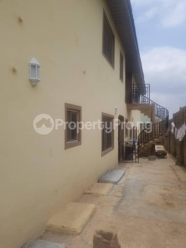 3 bedroom Shared Apartment Flat / Apartment for rent Wisdom estate aleri junction Akobo Ibadan Oyo - 4