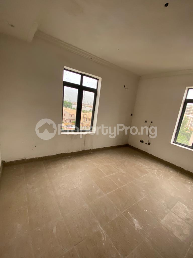 3 bedroom Flat / Apartment for rent Lekki Lekki Phase 1 Lekki Lagos - 10