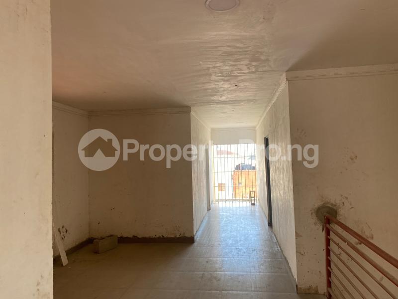3 bedroom Blocks of Flats for sale Chevron Toll Gate Rhs chevron Lekki Lagos - 2