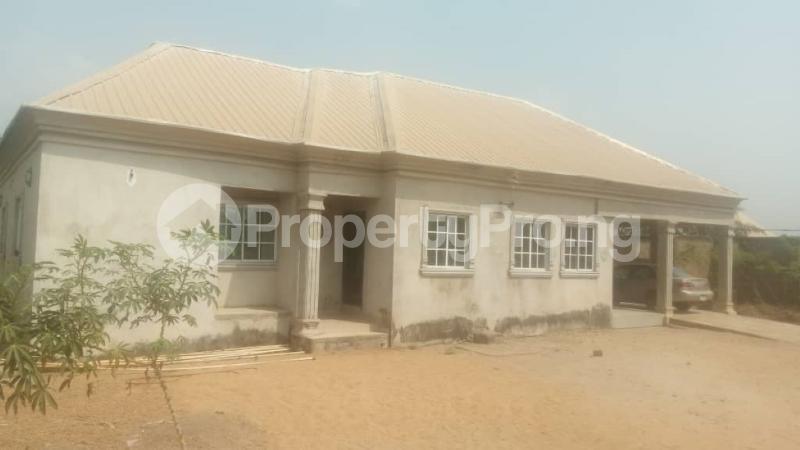 3 bedroom House for sale Beside Kiddies Access, Adeke Makurdi Benue - 4