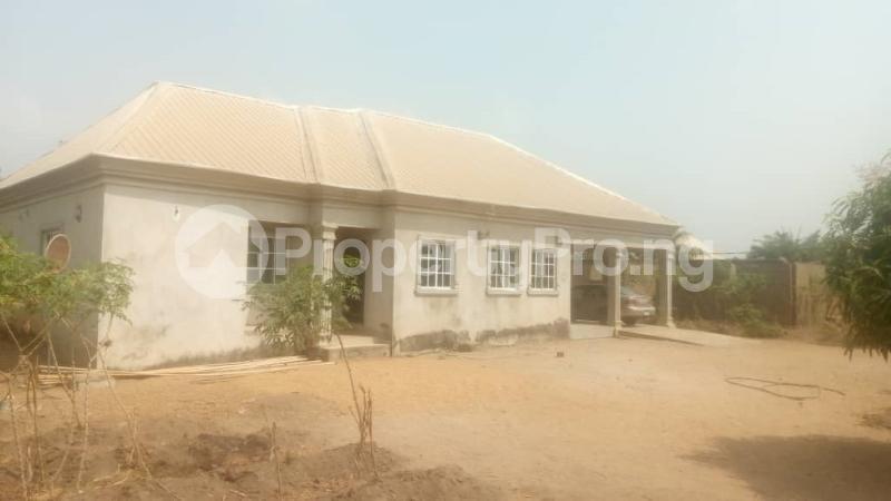 3 bedroom House for sale Beside Kiddies Access, Adeke Makurdi Benue - 1