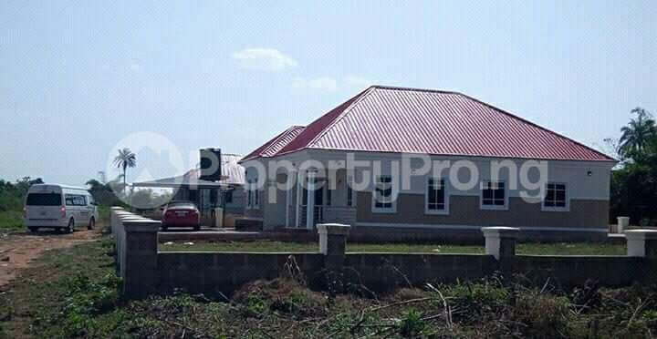 3 bedroom Detached Bungalow House for sale Asaba Benin Express Way  Asaba Delta - 1