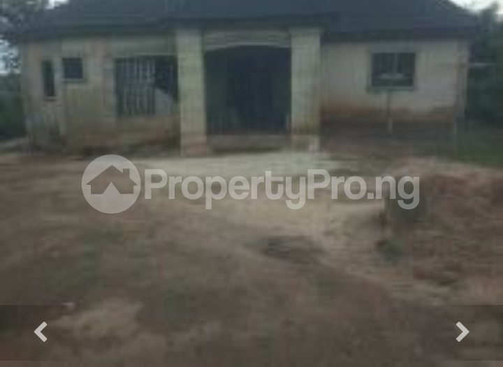 3 bedroom Detached Bungalow for sale Temo, Epe Road Epe Lagos - 0
