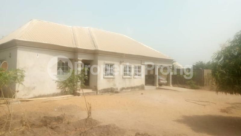 3 bedroom House for sale Beside Kiddies Access, Adeke Makurdi Benue - 3