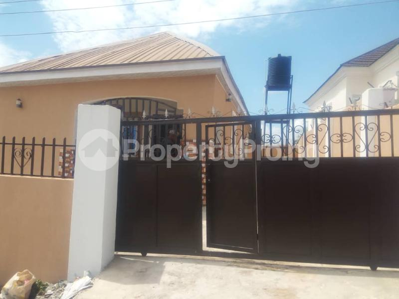 3 bedroom Detached Bungalow House for rent - Lugbe Abuja - 0