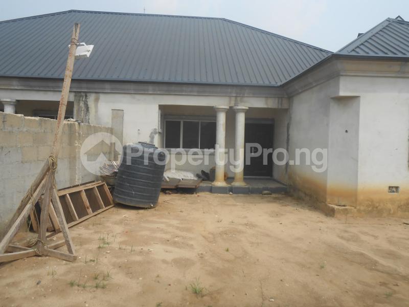3 bedroom Studio Apartment Flat / Apartment for sale Osongama Estate, Uyo. Uyo Akwa Ibom - 1