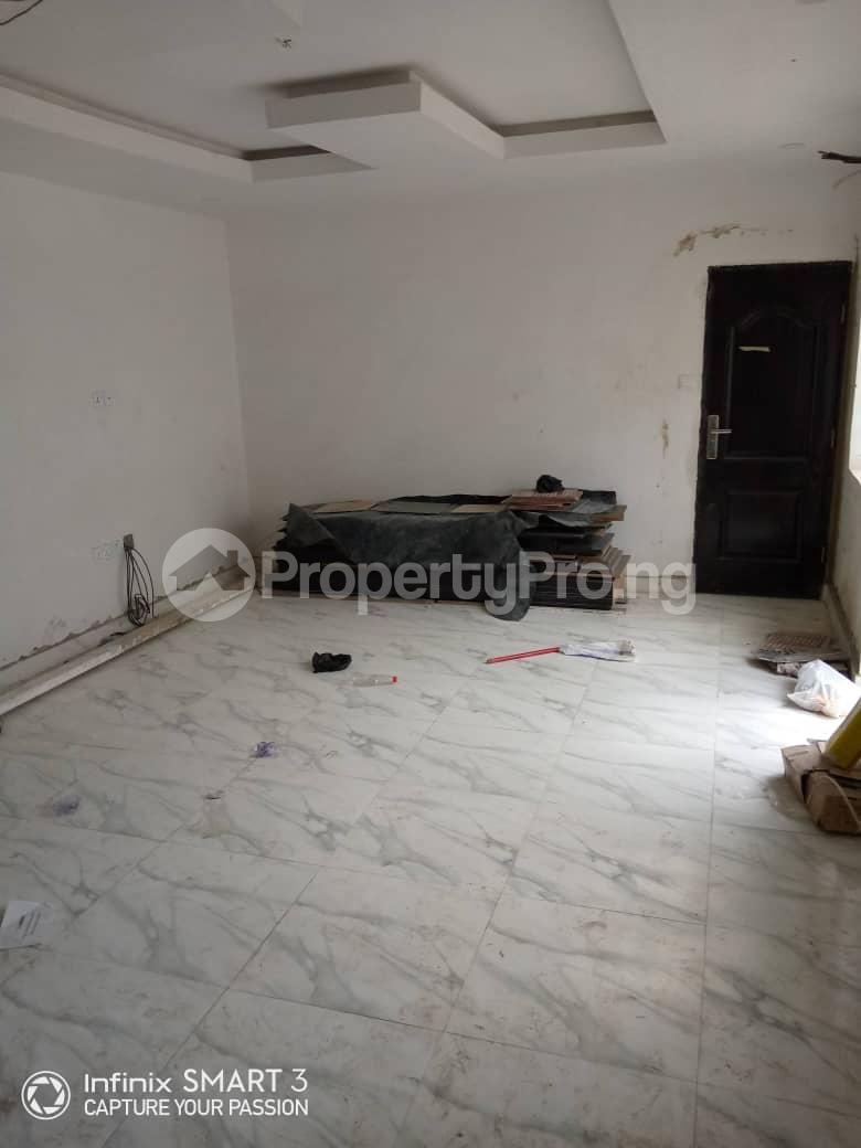 3 bedroom Blocks of Flats House for rent Adekunle Yaba Lagos - 1