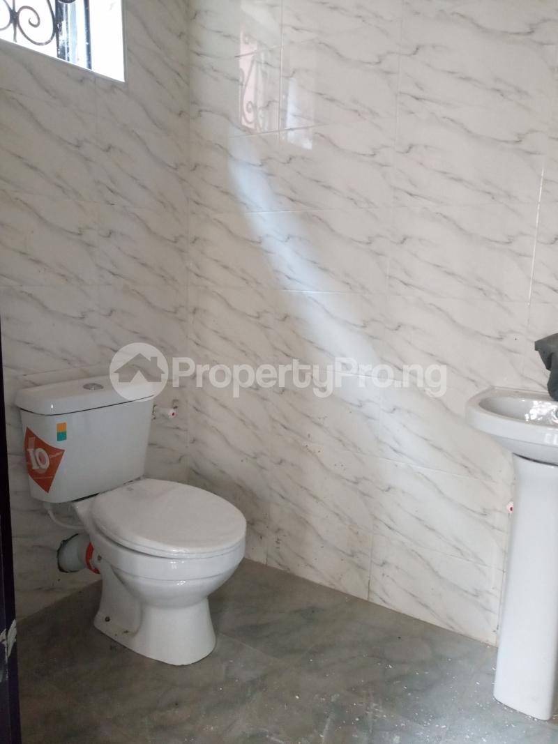3 bedroom Flat / Apartment for rent Pedro Palmgroove Shomolu Lagos - 7