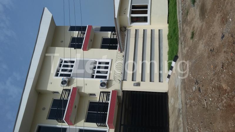 3 bedroom Flat / Apartment for sale Adekoya Street, Mende Estate. Maryland Ikeja Lagos - 0