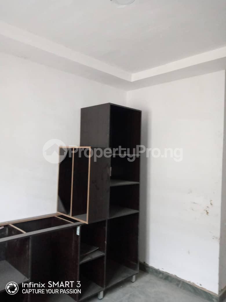 3 bedroom Blocks of Flats House for rent Adekunle Yaba Lagos - 10