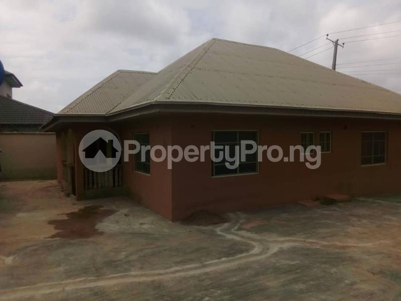 3 bedroom Flat / Apartment for rent  Adetunji Estate Oshogbo Ado Odo/Ota Ogun - 6