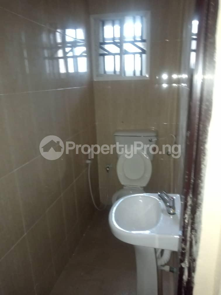 3 bedroom Blocks of Flats House for rent Airport road alakia Iwo Rd Ibadan Oyo - 4