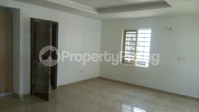 3 bedroom Flat / Apartment for sale Bethel Gardens Iponri Surulere Lagos - 3