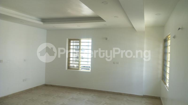 3 bedroom Flat / Apartment for sale Bethel Gardens Iponri Surulere Lagos - 4