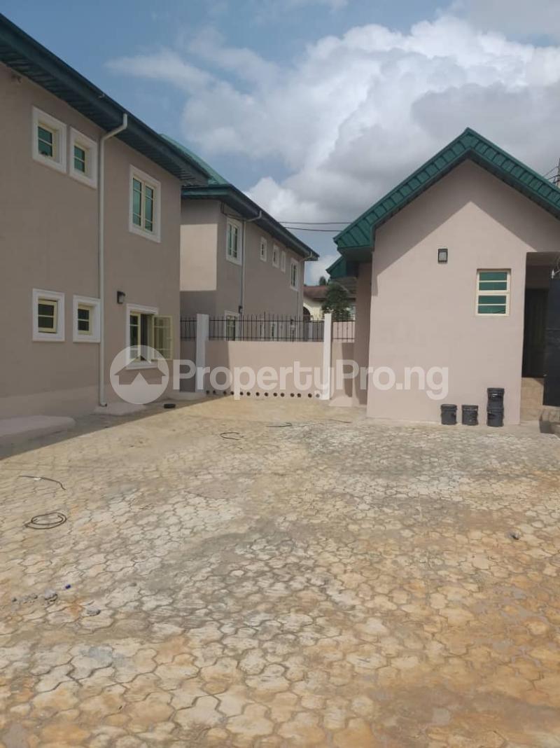 3 bedroom Blocks of Flats House for rent - Egbeda Alimosho Lagos - 4