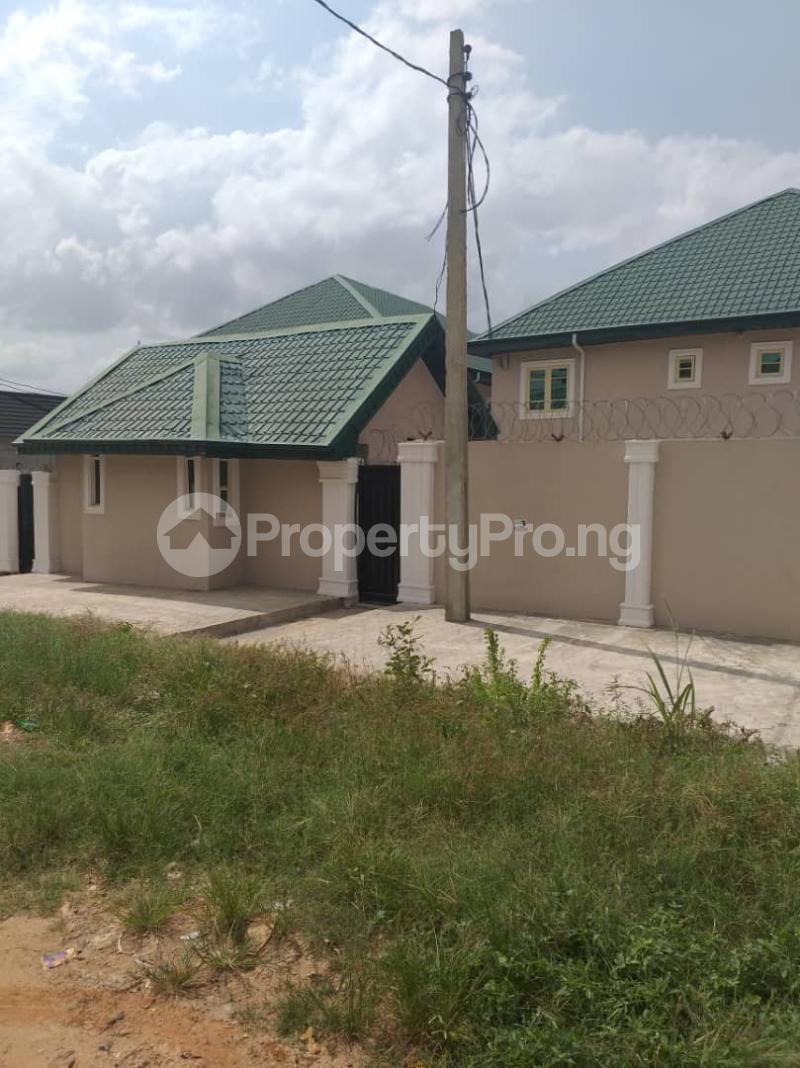 3 bedroom Blocks of Flats House for rent - Egbeda Alimosho Lagos - 0
